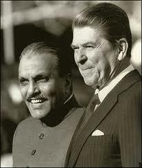 Ziaul Haq with President Reagan